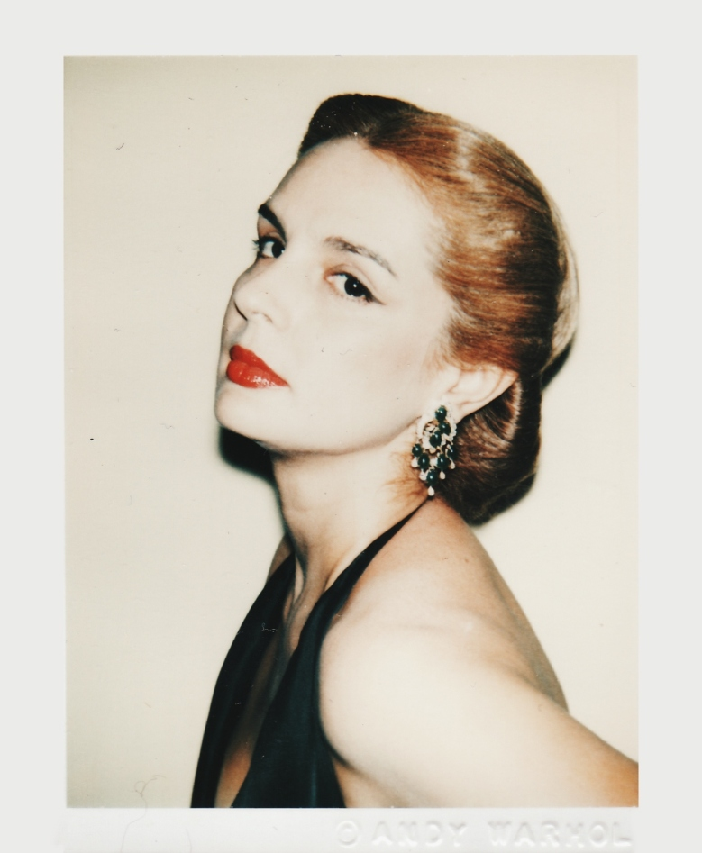 Carolina-Herrera-portada.jpg
