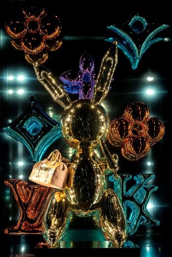Louis Vuitton, mejor vitrina en colaboración