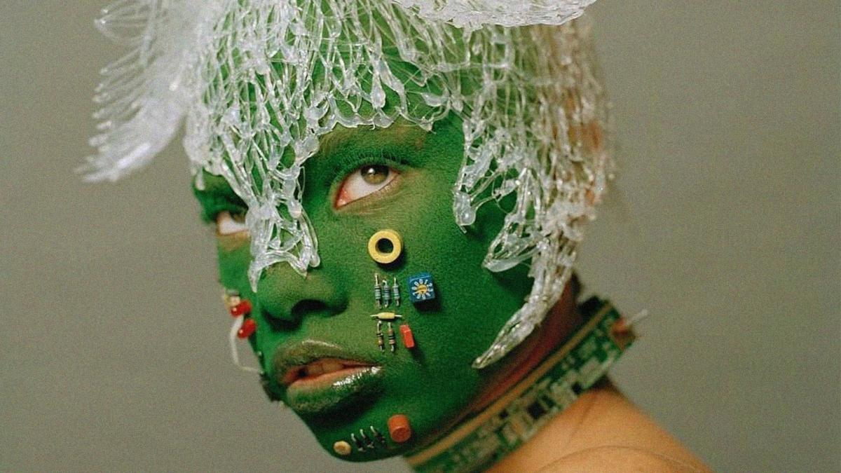 La cuenta de IG que recopila las más icónicas máscaras (para robar un banco)