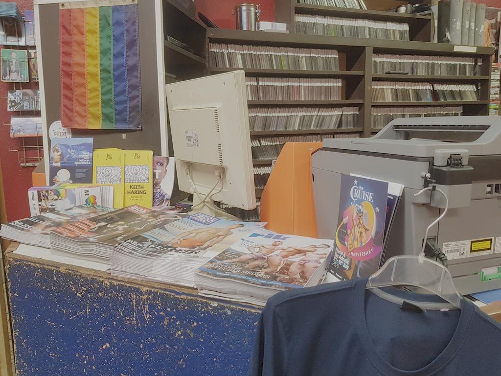Anecdota Porno Gay recorrimos 'gay sex-messe': el teatro de porno gay más